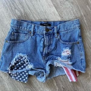 Forever 21 booty shorts